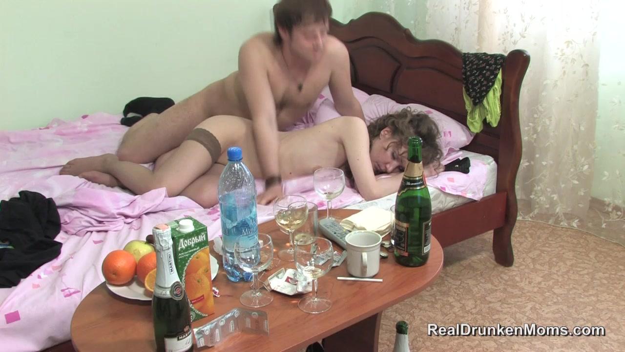 Порно с вхлам пьяными русскими бабами — photo 14